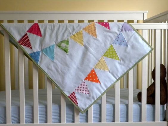 rainbow bunting baby quilt.