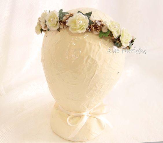 Tocado comunión para niña con flor artificial tonos beige y tostados