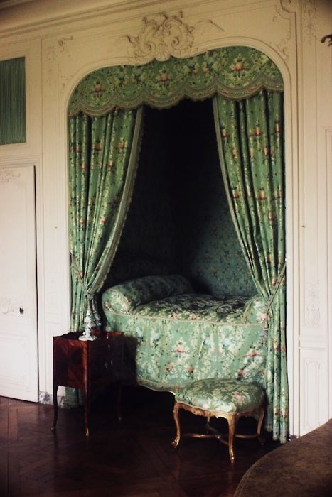 victorian hideaway bed, pigeon hole bed, cubby style bed, green ornate flower print, satin, curtain, french