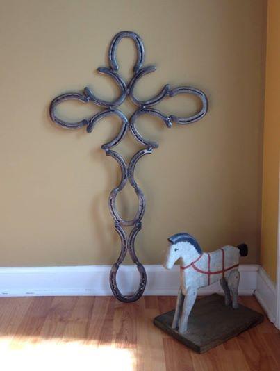 Crosses horseshoe art and welding crafts on pinterest for Horseshoe welding designs