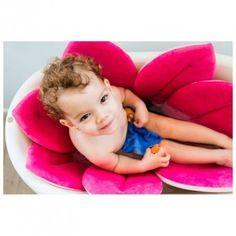 Flor de baño ideal para bañar a tu bebé y a medida que va creciendo como alfombrilla en la bañera. Además también sirve de cambiador. tuecobox.com