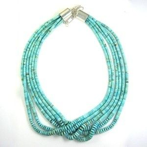 Love southwestern jewelry.