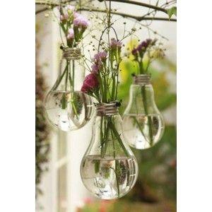 Lightbulb. Good decoration ideas for a wedding!