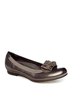 Munro Shoe - Merrie Flat - Available in Extended Sizes and Widths