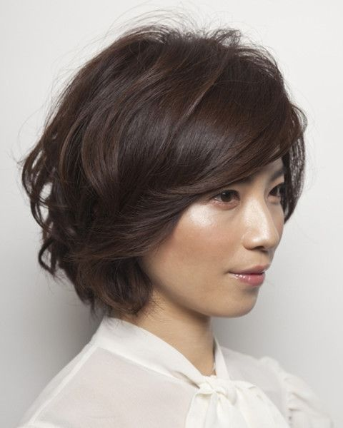 滝川クリステル風 スウィングボブ|DIFINO|(ディフィーノ)|美容室・美容院 - ヘアカタログLucri(ラクリィ)|最新のヘアスタイル・髪型情報を紹介