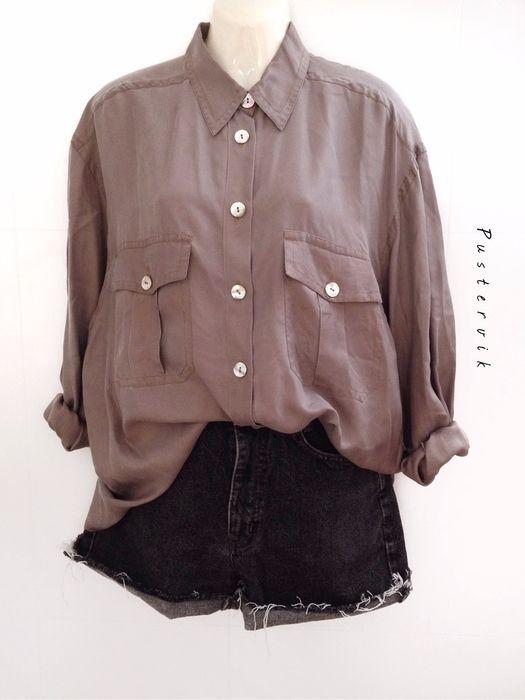 Mein XXL Oversize Seiden Bluse / Hemd True Vintage Casual Style von true vintage! Größe 44 / L für 34,00 €. Sieh´s dir an: http://www.kleiderkreisel.de/damenmode/blusen/135935944-xxl-oversize-seiden-bluse-hemd-true-vintage-casual-style. #vintage #blouse #silk #truevintage #vintagelove #pustervik #casual #oversize #fashion