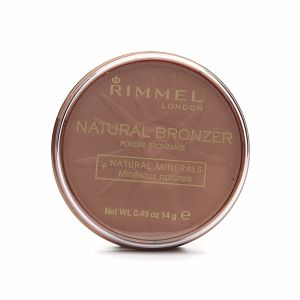 Spring and Summer *Rimmel Natural Bronzer* Sun light is the matte formula but it is also available with shimmer