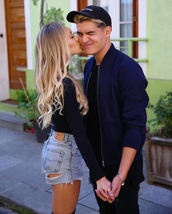 Lauren Riihimaki and her youtuber boyfriend Alex Burris