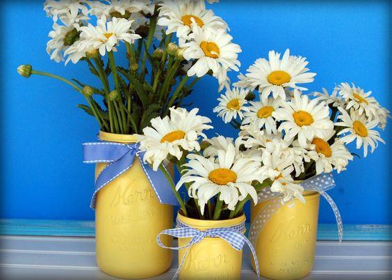 painted mason jars. Love these! @susanbauer