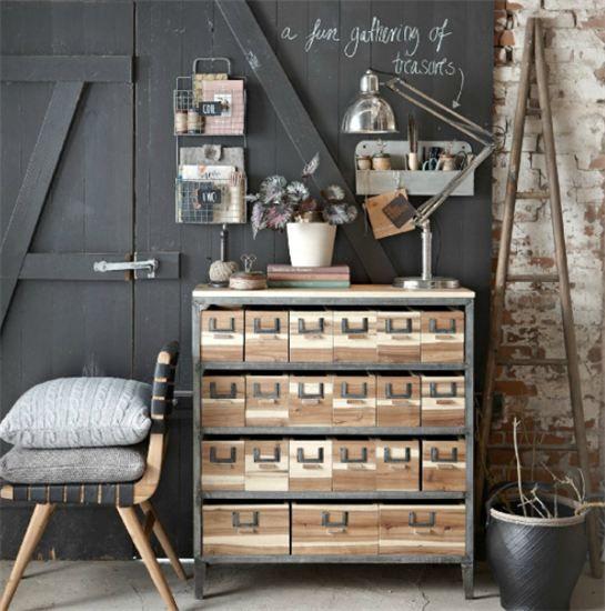 Lampe à poser Look Architecte - Marque Hubsch -http://www.articlesdeco.com/hubsch/grande-lampe-articulee-antique-hubsch.html