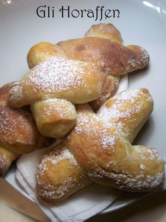 Bisco-brioche tedesche buone facili da realizzare!http://lemporio21.blogspot.it/2013/10/blog-post.html