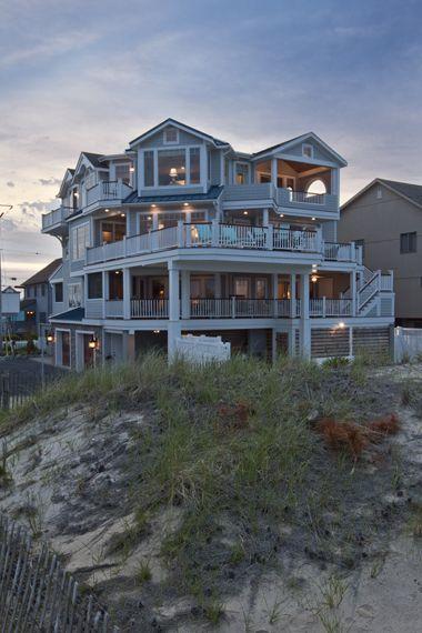 Pics for nice big houses on the beach for Big family house