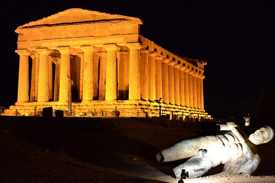 Valle dei templi - Agrigento by gcol78, via Flickr