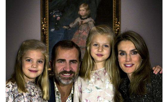 «Realeza» o «miembros de la realeza», mejor que «royals».  http://www.fundeu.es/recomendacion/realeza-o-miembros-de-la-realeza-mejor-que-royals/ Foto: ©Archivo Efe/Casa Real