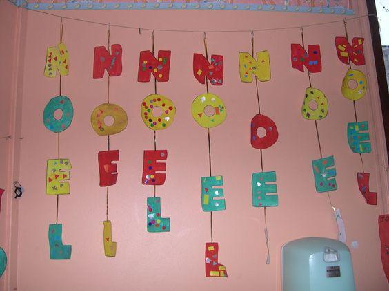 D corer et remettre les lettres du mot no l dans l 39 ordre for Decoration porte noel maternelle