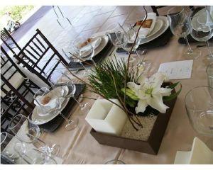 9 Hermosos centros de mesa para boda con jardín zen (5)