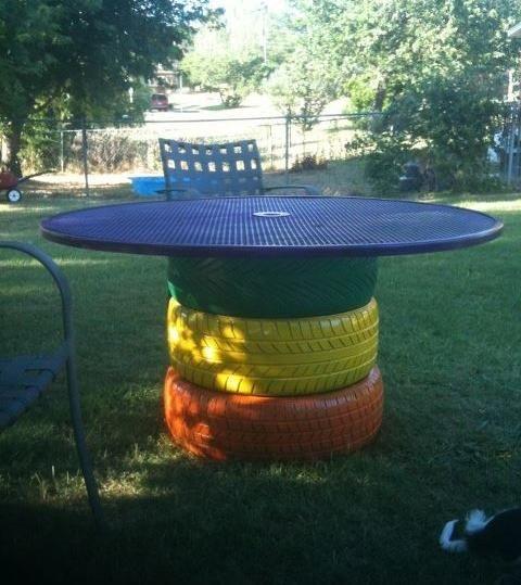 table de couleur en pneus recyclés pour le jardin libre jardin jardin ...