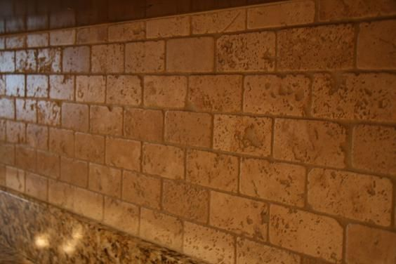 2x4 Tumbled Brick Chiaro Travertine Backsplash