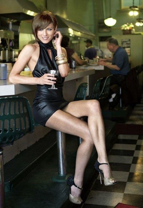 Bar Touch   Legs'n Heels