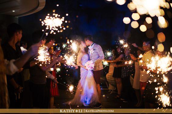 像煙花一樣燦爛動人的海外婚禮@Bali  Real Wedding:Jan & Derek Wedding Day  Real Wedding 婚禮攝影: KayEllePhoto Photography  更多照片: http://www.loveproject.hk/portfolio-items/jan-derek-wedding-day-2/?portfolioID=11295