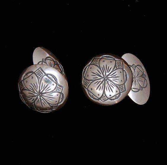 Cufflinks in silver
