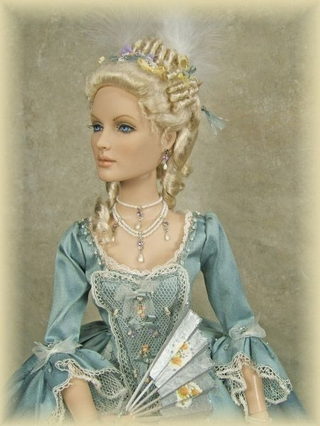 CRAWFORD MANOR Doll: