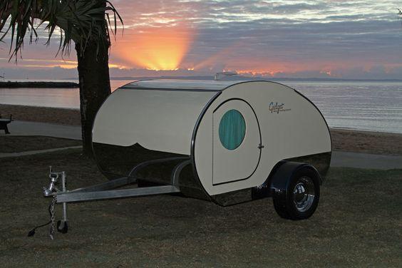 Gidget Retro Teardrop Camper Goes To Suttons Beach