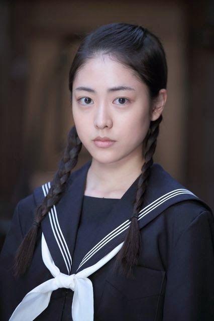 松浦雅のセーラー服