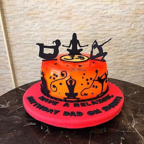 Some Yoga Themed Cakes Yoga Cake Ideas International Yoga Day Fitness Cake Cake Themed Cakes