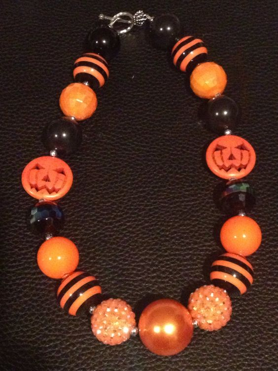 Halloween+chunky+bubblegum+necklace+with+pumpkin+by+PsCreation,+$16.00