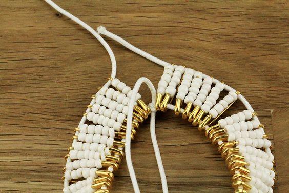 Tuto: un bracelet en perles avec des épingles à nourrice 5