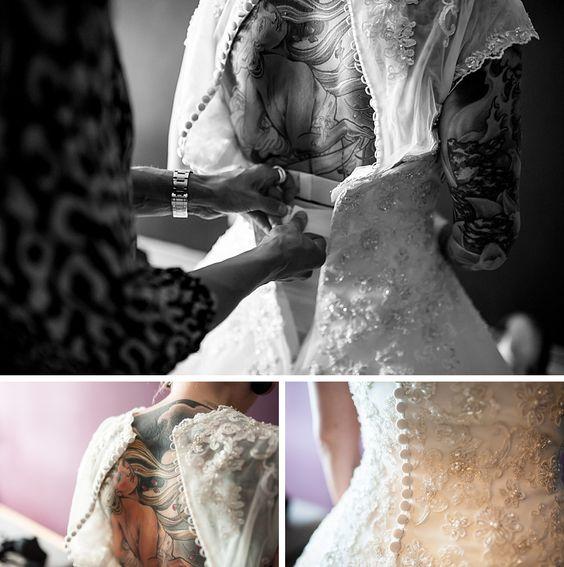 Tattooed bride, Getting Ready