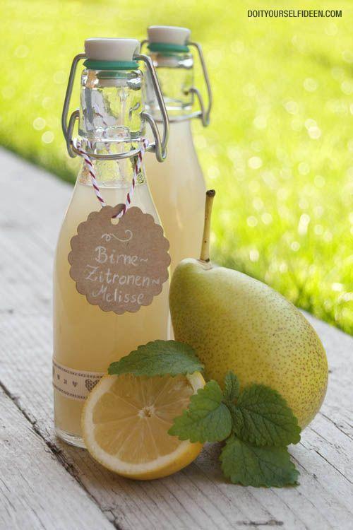 I➨ Ein aromatischer Durstlöscher für den Sommer: Birne - Zitronenmelisse Sirup. Das Rezept gibt es hier.