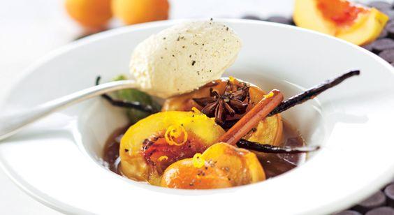 Nectarines et abricots rôtis à la cannelle