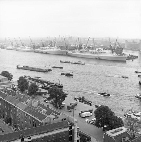 Rotterdam is het toonbeeld van de wil om te veranderen. Iedere generatie groeit op met een ander stadsbeeld.
