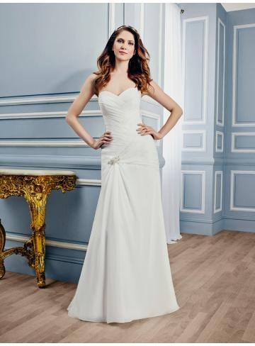 Modische Schlichte Brautkleider aus Organza mit Schleppe