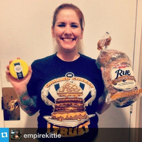 Great pic of @empirekittie. Thanks for sharing. I'm suddenly hungry for a grilled cheese! --- I finally had a photo taken in my @delifreshthreads tee!! Sorry for the delay Biggie, now who wants a sandwich? #grilledcheese #ryebread #smokedcheddar #newtshirt #food #kingofmeals