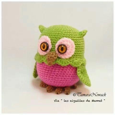 """Facebook """"les aiguilles de Mamet"""" kinder + crochet = petit rangement! Trop mimi"""