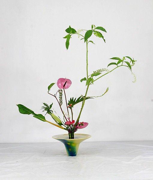 img 9128 in 2020 glass vase vase decor