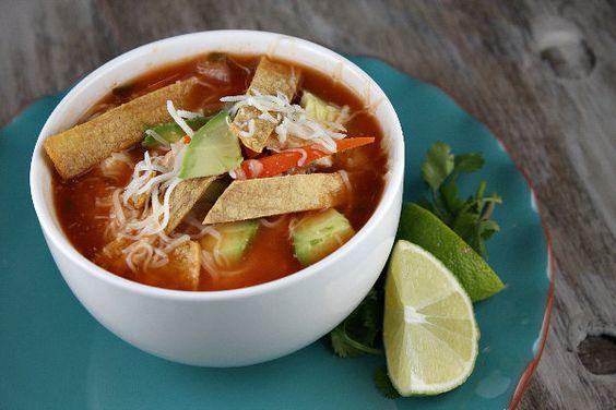 tortilla soup... mmmm.... soup: Tortilla Soup Recipes, Chicken Tortilla Soup, Yummy Recipe, Recipe Girl, Soup Recipegirl, Food Drink, Soup S, Delicious Food