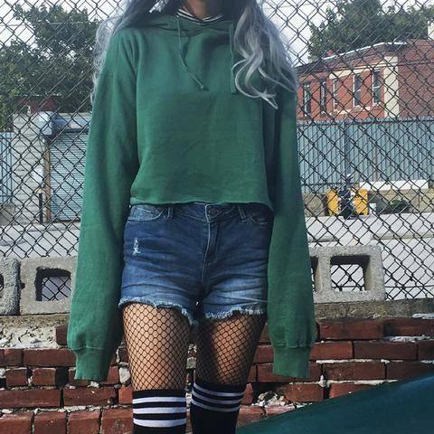 New 90s Vintage Green Grunge Cropped Sweatshirt Over Size Grungeoutfits Hipster Outfits Clothes Slytherin Fashion