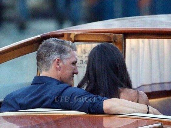 💑 Today is the wedding day of Basti and Ana in Venice. 💕💕 Congrats 🎉🎉 🇩🇪 #bastianschweinsteiger #schweinsteiger #anaivanovic #bastiana #dfb #diemannschaft #nationalmannschaft #dfbteam @bastianschweinsteiger @anaivanovic