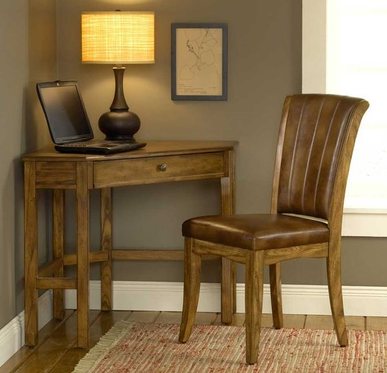 stunning oak corner desk getting an oak corner desk can help save space in the office this absolutely magnificent furniture has all the functionalities awesome oak corner laptop desk