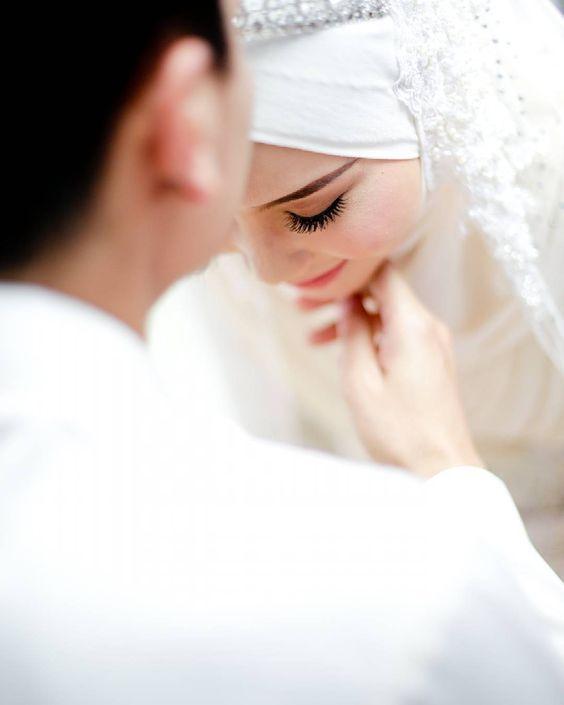 صور عروسة عرسان صورة عروسة بالحجاب صور لفة طرحة عروسة احلى عروسة عريس وعروسة Muslim Wedding Photography Muslim Couple Photography Cute Muslim Couples