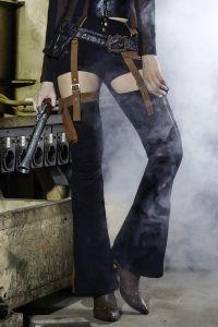 Steampunk Schlaghose im Hotpants Look