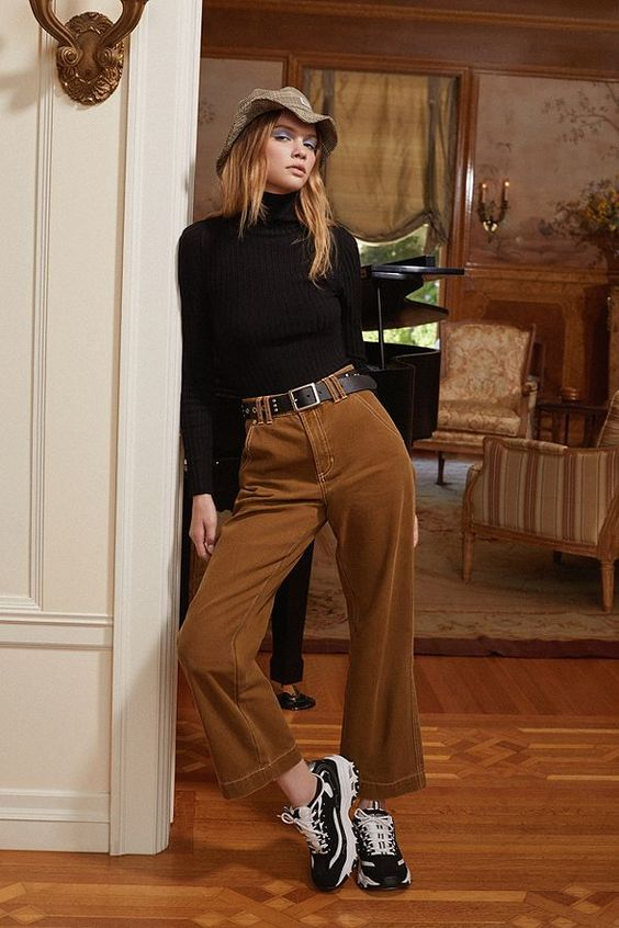 Slide View: 1: BDG Heidi Mid-Rise Carpenter Pant