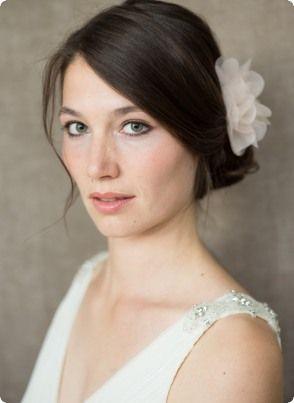 Braut Kopfschmuck, Seidenblüte, Haarclip Cara Coloré - BelleJulie