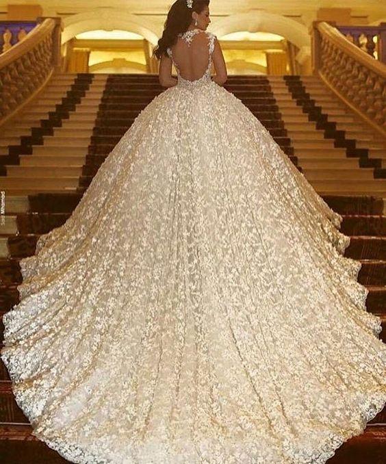 Pin By Renate Wolski On Hochzeit Wedding Dresses Beaded Ball Gowns Wedding Wedding Dresses
