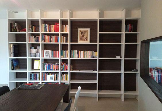 Abitazione privata a Roma, Casa L&M, arredi su misura, libreria realizzata su disegno, ampia finestratura verso la cucina, Progetto Arch.Luca Braguglia