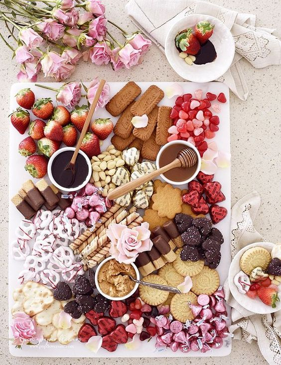 Sweets Charcuterie Board for Valentine's Day!